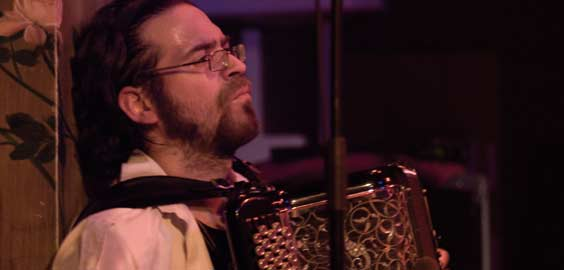 Maxime Perrin accordéoniste jazz électro rock